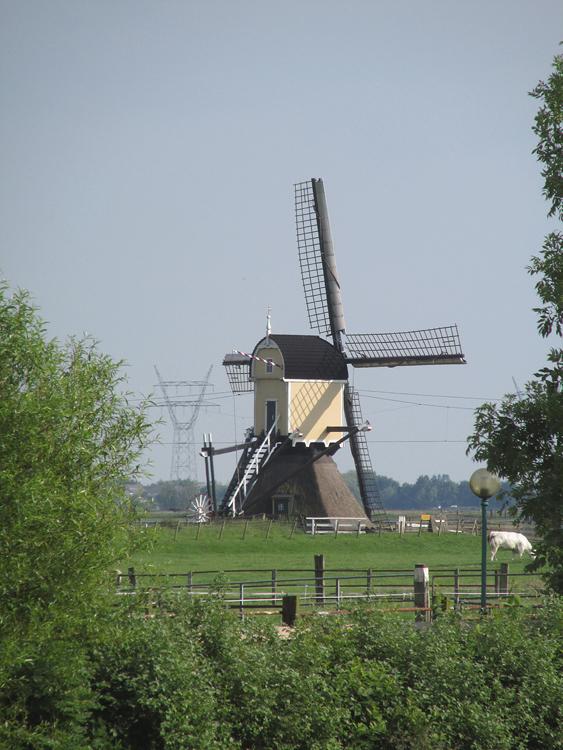 Groenendijkse Molen, Hazerswoude-Rijndijk, Piet Glasbergen (30-5-2014). | Database Nederlandse molens