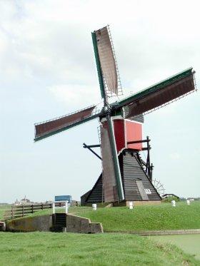 Zweilandermolen, Warmond, Foto: Joop Vendrig (26-8-2002).   Database Nederlandse molens